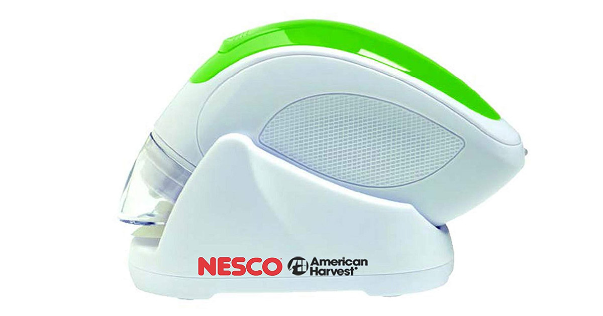 NESCO VS-09HH Handheld White Green Vacuum Sealer image